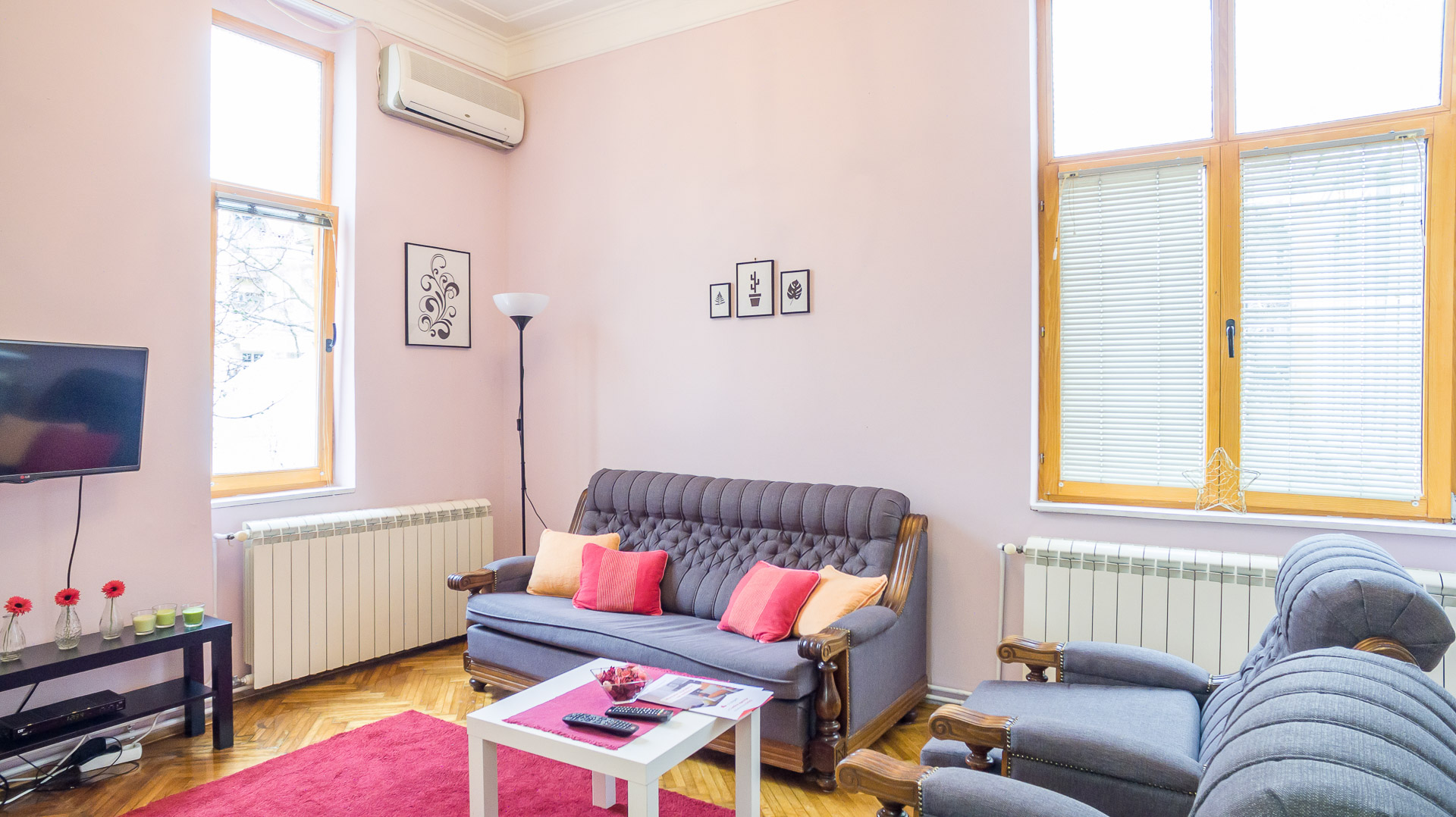 Charming one-and-a-half room apartment near Farmers' market Kalenić